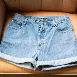 Vintage GAP Blue Jean Shorts - High-waist